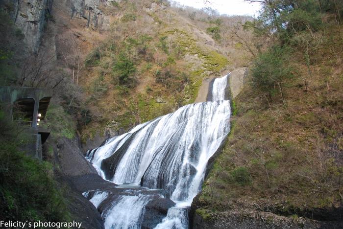 Fukuroda Fall in Ibaraki prefecture is one of the 3 most famous waterfalls in Japan