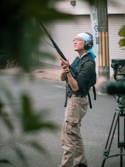 Kanamori as boom operator.